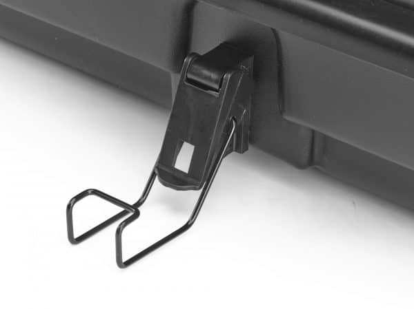 latch on side of rooftop cargo carrier