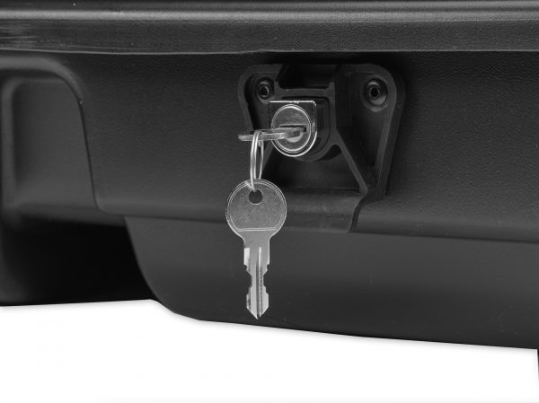 lock on roof top cargo carrier
